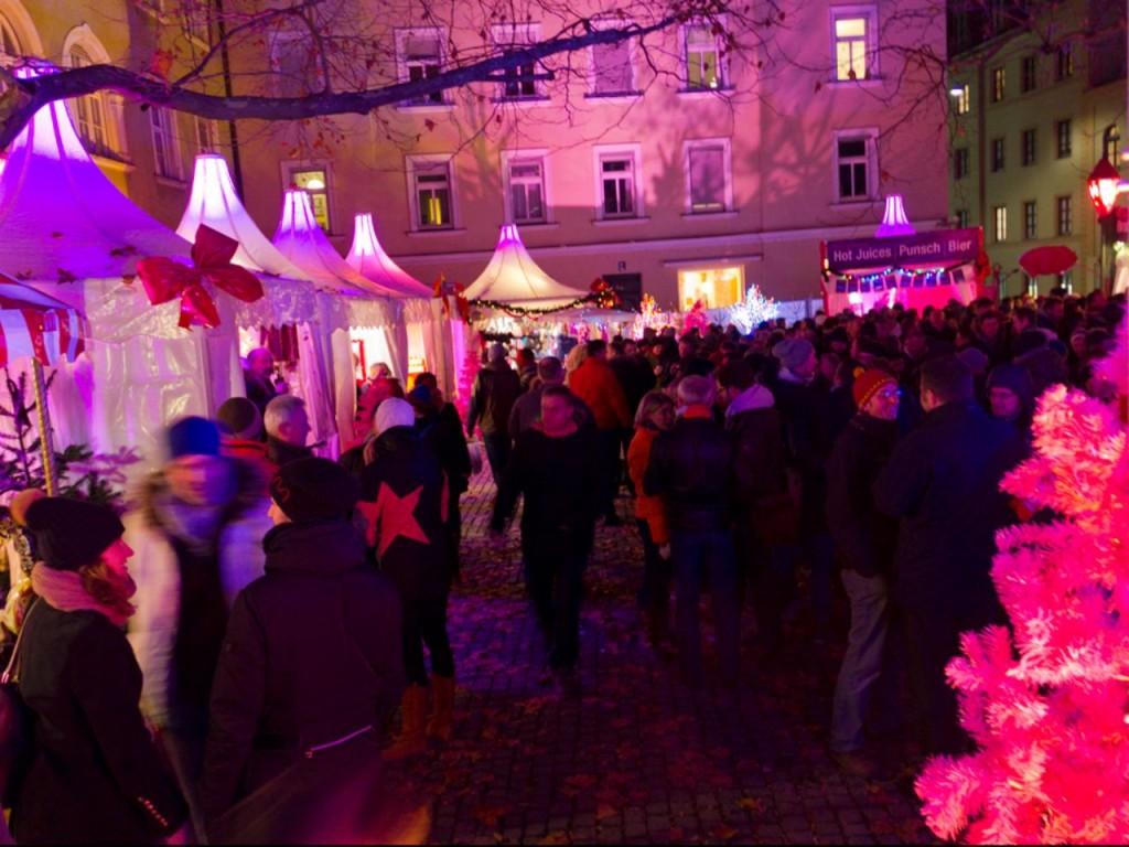 10-pink-christmas muenchen.de