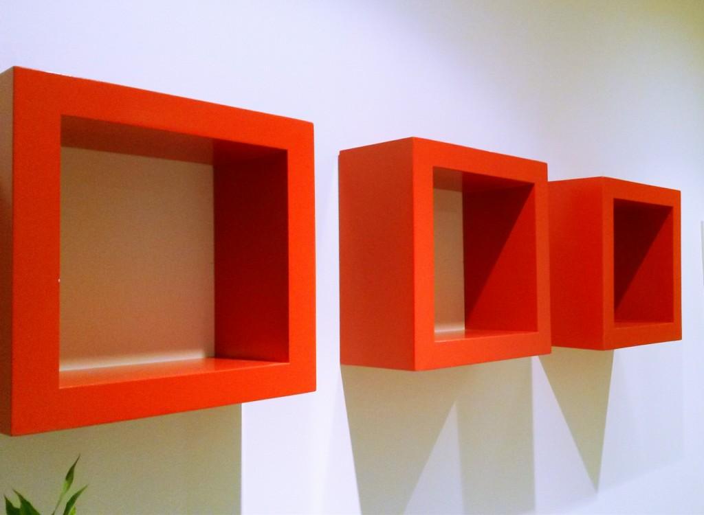 Cubos rojos para recibidor