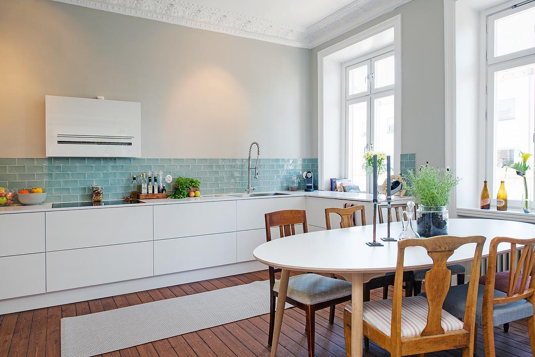 Apartamento se orial con mezcla de estilos - Azulejos para cocinas blancas ...