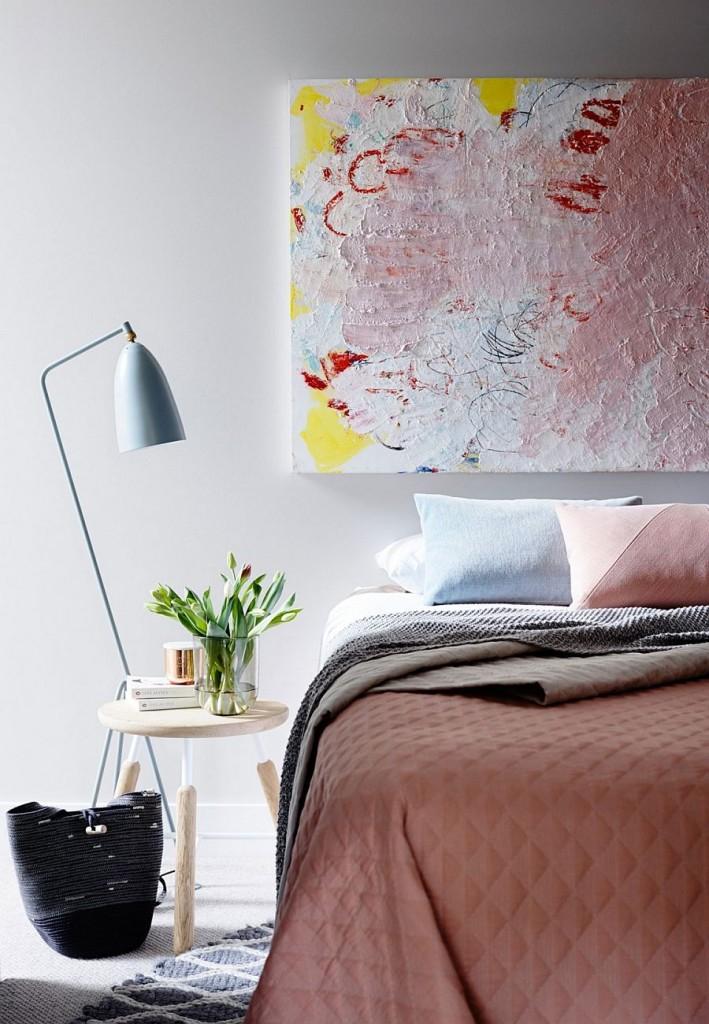 Apartamento en tonos pastel Melbourne - Dormitorio moderno femenino y acogedor