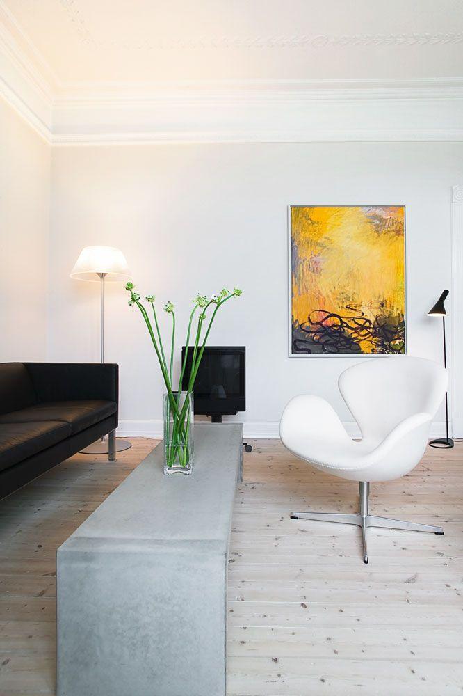 swan-chair 3