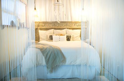 Casa Maui Pandeia - Dormitorio de estilo bohemio