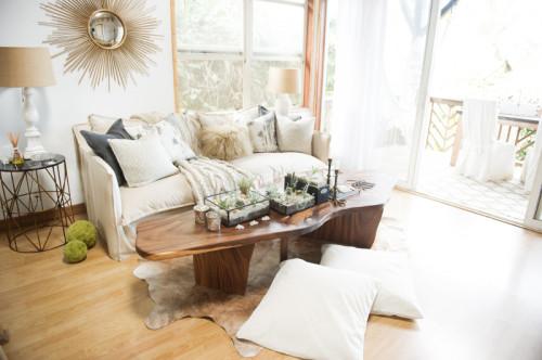 Casa Maui Pandeia - salon con espejo de sol