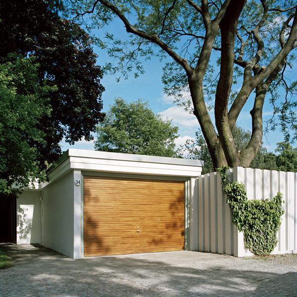 Casa retro vintage - Acceso a garaje