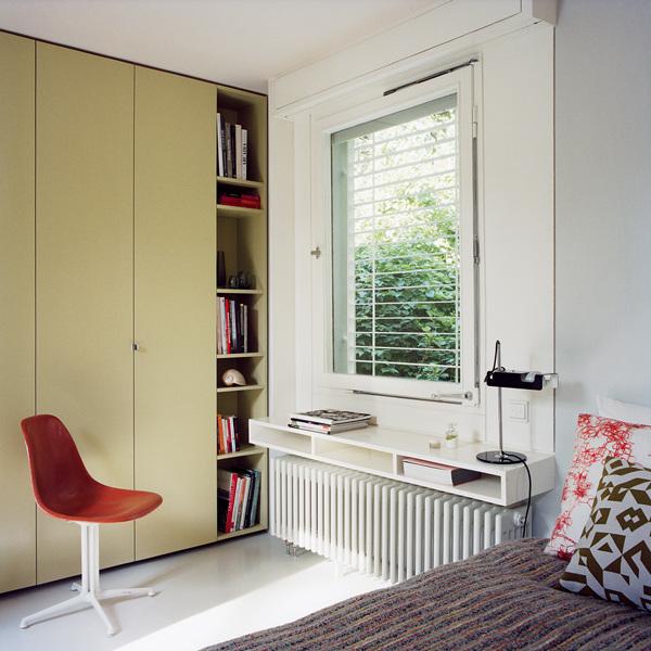 Casa retro vintage - Dormitorio sencillo y funcional