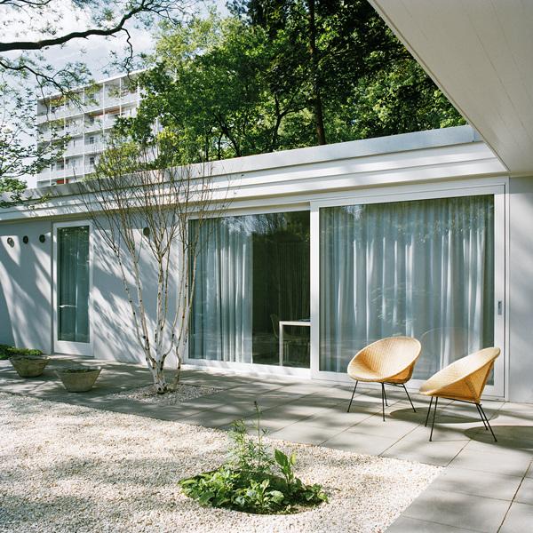 Casa retro vintage - Exteriores con sillas acapulco