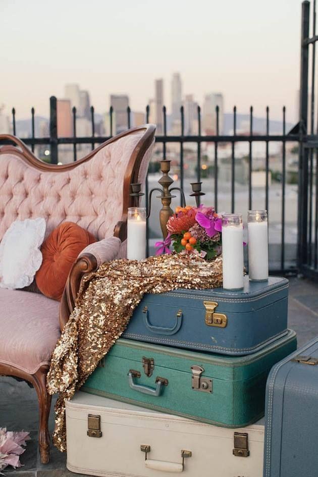 Maletas vintage para decorar rincones - bodasveracruz