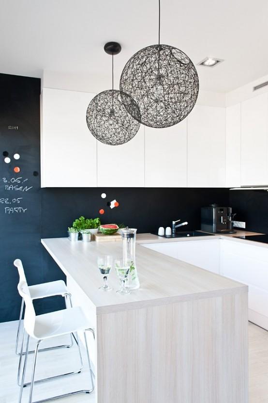 Casa en blanco y negro - cocina