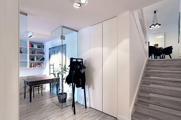Apartamento moderno Polonia - Tabiques de cristal_opt