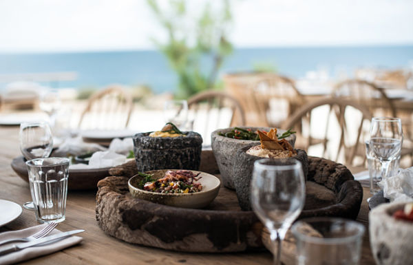 Hotel Scorpios Mykonos - comedor detalles de mesa