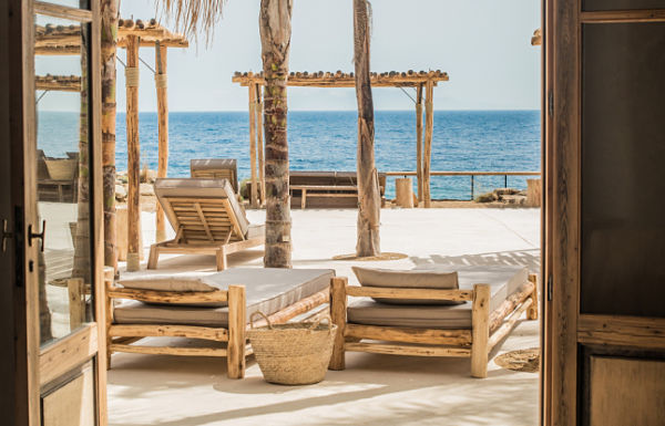 Hotel Scorpios Mykonos - hamacas mirando al mar