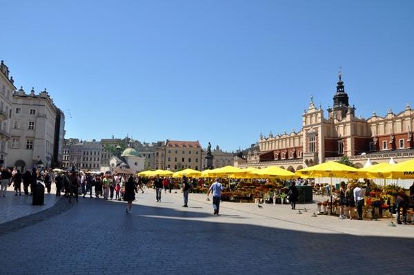 Ccracovia-Plaza del Mercado (de corinne cavallo)