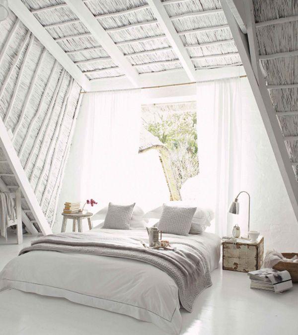 Dormitorio verano abuardillado