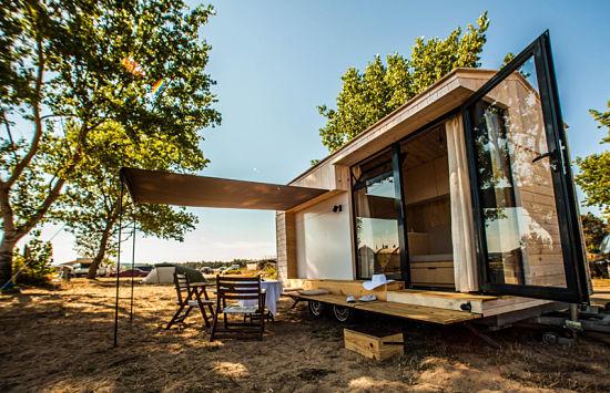 Con la casa a cuestas - caravana madera 01