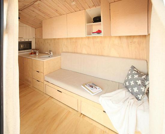 Con la casa a cuestas - caravana madera interior 01