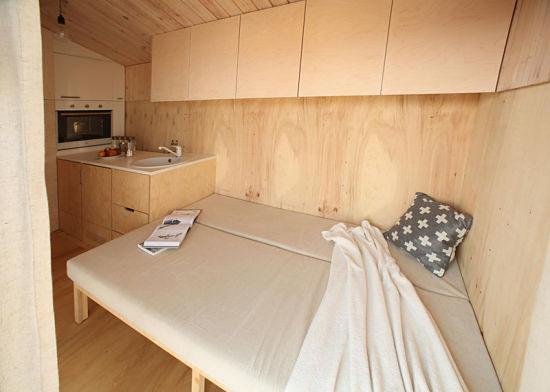 Con la casa a cuestas - caravana madera interior 02