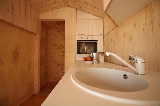 Con la casa a cuestas - caravana madera interior 04