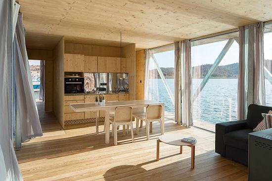 Casa Flotante Interior - salon comedor cocina