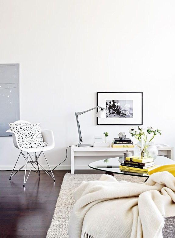 Blanco y amarillo 01 - salon